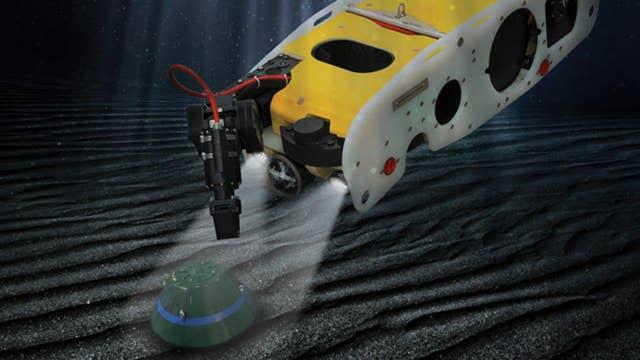 Fox Firepower: 'Sea Wasp' underwater robot hunts bombs