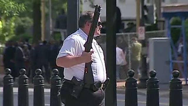 Report: Secret Service agent shot suspect near WH