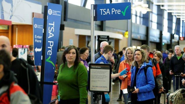 Massive TSA lines spark calls to privatize airport security