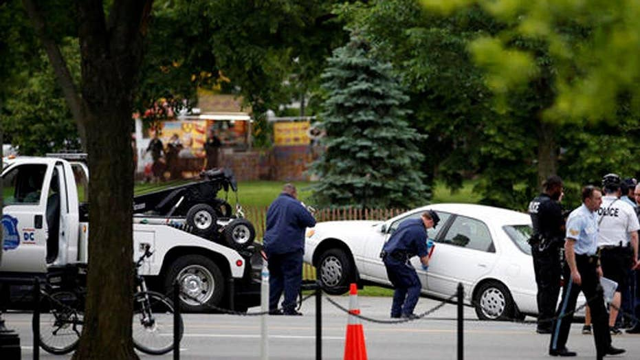 Man clings to life after shot by Secret Service