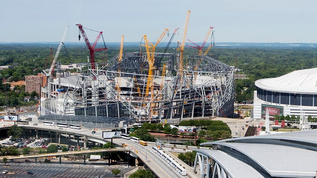 Stadium rebuilds give Super Bowl cities a boost