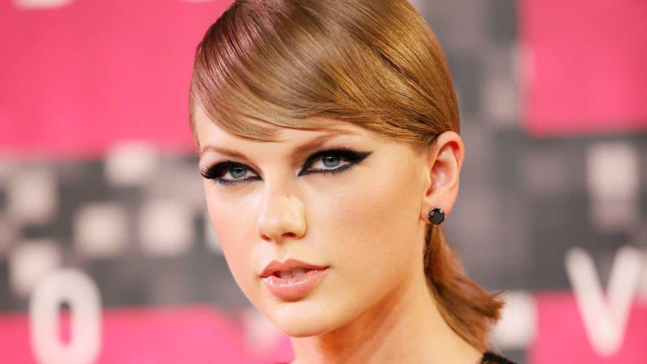 Taylor Swift fights against being presented as neo-Nazi icon