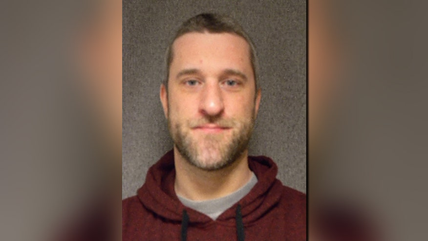 Fox411: Screech violates parole, ends up in pokey