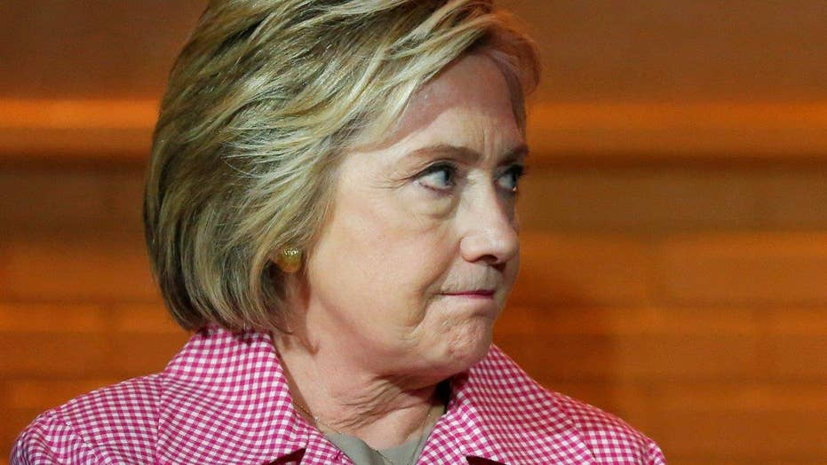 Poll finds 50 percent still back Clinton even if indicted