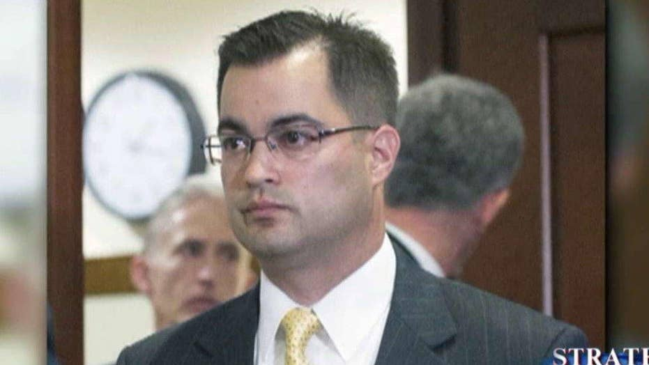 Clinton aide Pagliano pleads the Fifth in email scandal