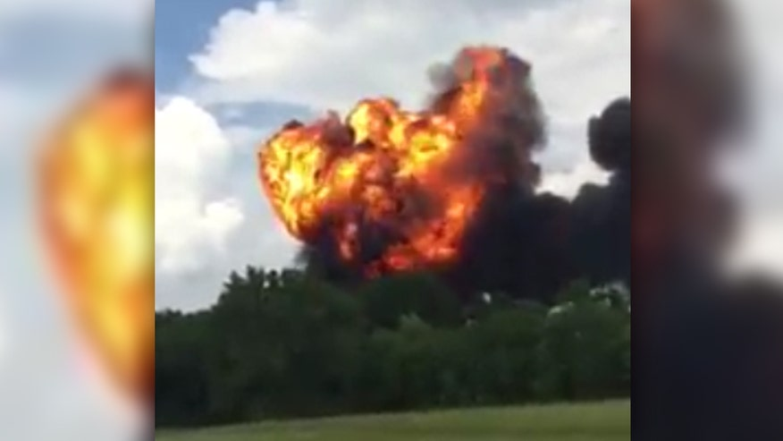 Raw video: Huge ball of fire visible immediately after impact in Tennessee