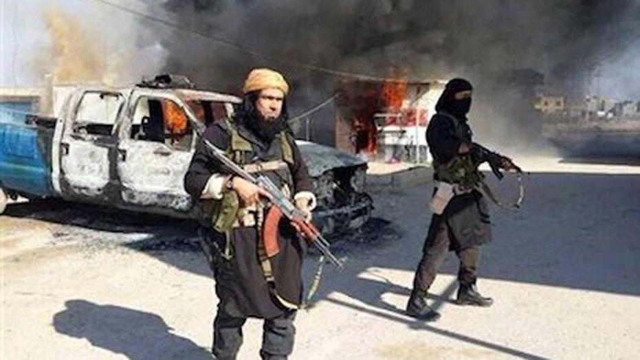 Is ISIS facing an internal crisis amid losing territory?