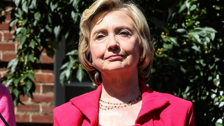 Clinton email investigation intensifies