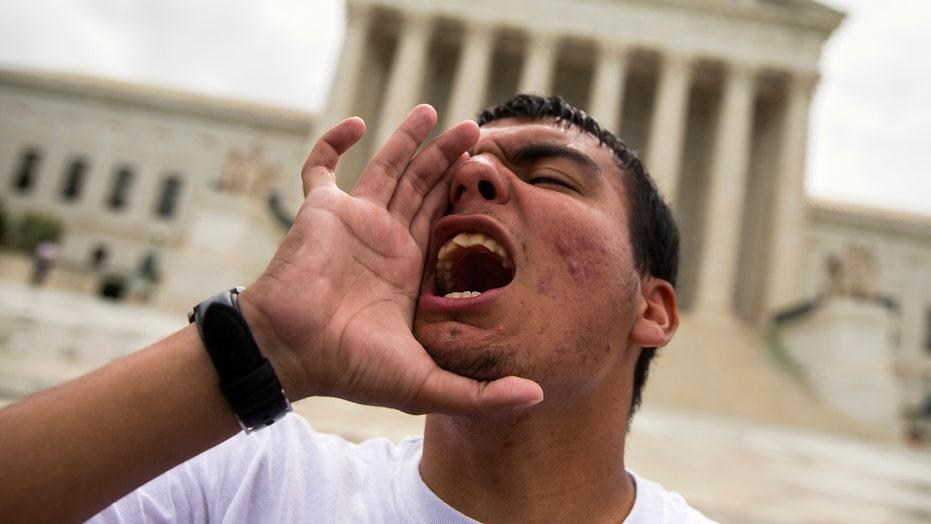 Supreme Court blocks Obama immigration plan