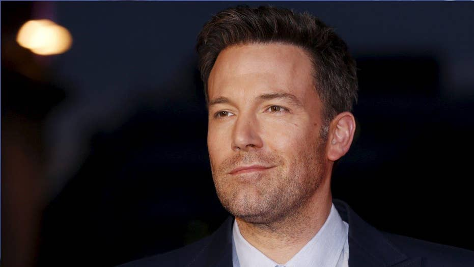 Ben Affleck gets fired up about 'Deflategate'