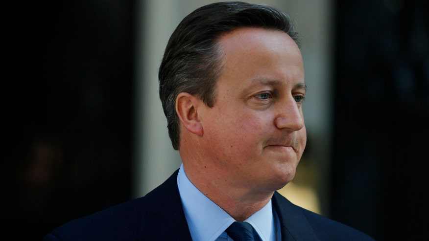 Cameron to officially step down by October