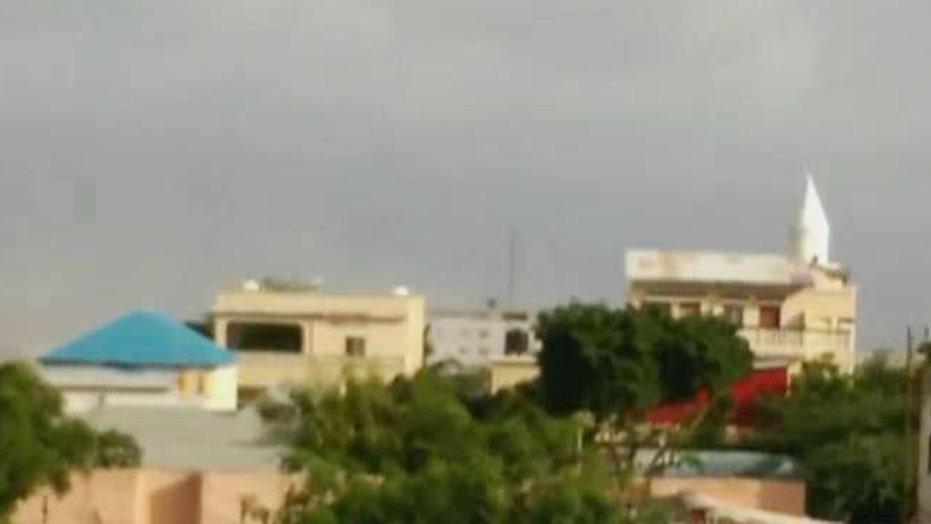 Gunmen armed with grenades storm hotel in Somalia