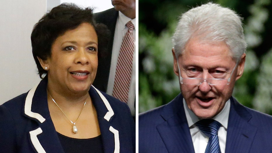AG Loretta Lynch holds private meeting with Bill Clinton