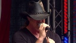 Trace Adkins reportedly drunk at St. Jude Children's Research Hospital fundraiser