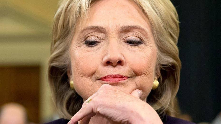 Clinton extremely careless but not criminal in email scandal