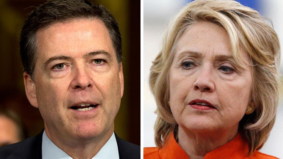 How James Comey's decision helps, hurts the Clinton campaign