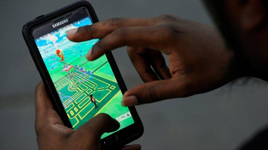 How 'Pokemon Go' is taking the world by storm