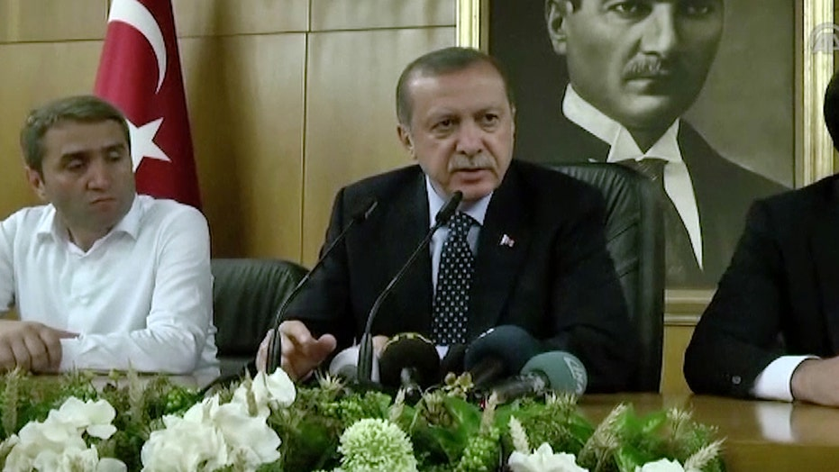 Erdogan vows to arrest all supporters of failed Turkey coup