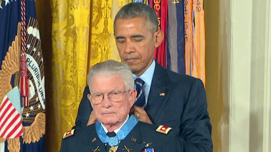 Obama awards Medal of Honor to Lt. Col. Charles Kettles