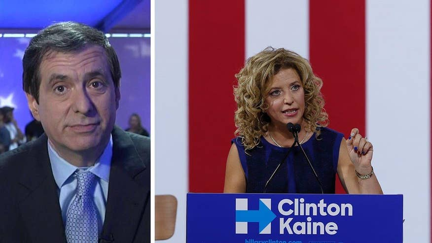 'MediaBuzz' host Howard Kurtz reacts to the media missing the magnitude of the DNC email servers being hacked and the resulting fallout