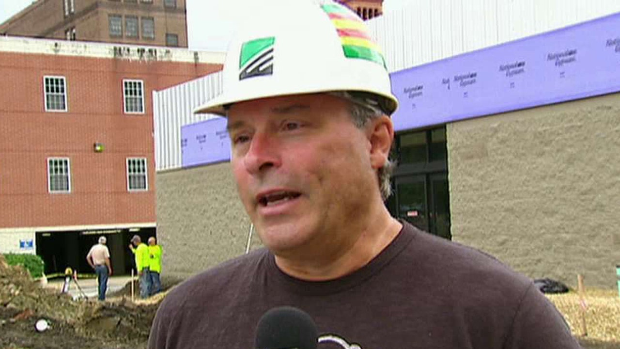 'On the Record's' Griff Jenkins takes the pulse of construction workers who are trying to decide whether to vote for Trump or Clinton