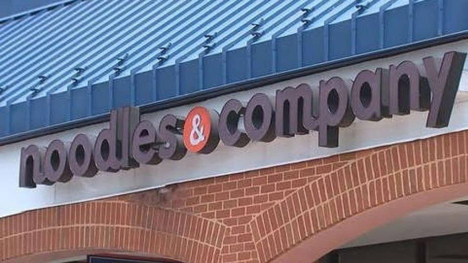 Noodles & Company apologizes for chef refusing to serve cop