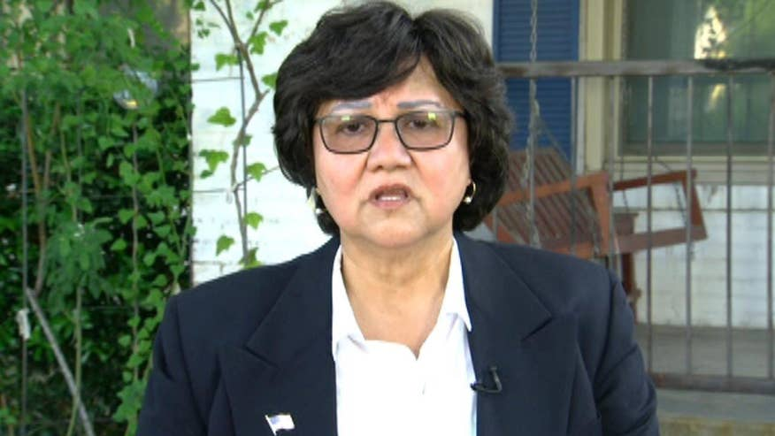 Dallas Sheriff Lupe Valdez didn't expect any controversy when she oversaw a moment of silence for fallen police officers at the DNC. But Black Lives Matters protesters paid no respect and Valdez goes 'On the Record' to look back