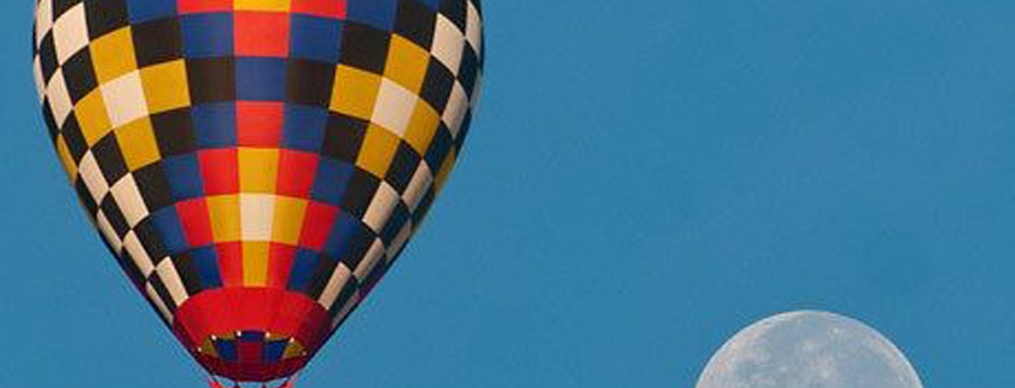 Balloon reportedly caught fire approximately 30 miles south of Austin