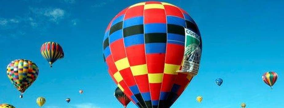 Balloon reportedly carrying at least 16 people caught fire