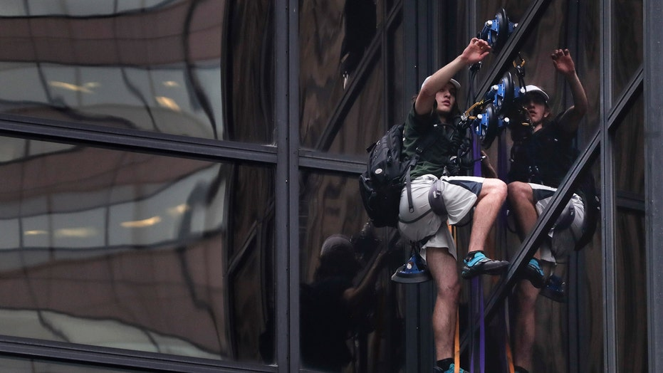 Trump Tower climber claims he wanted to talk to candidate