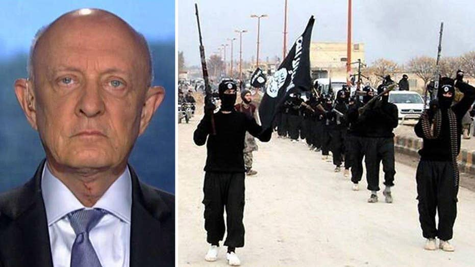 Woolsey: Skewing ISIS intel makes you 'worse than worthless'