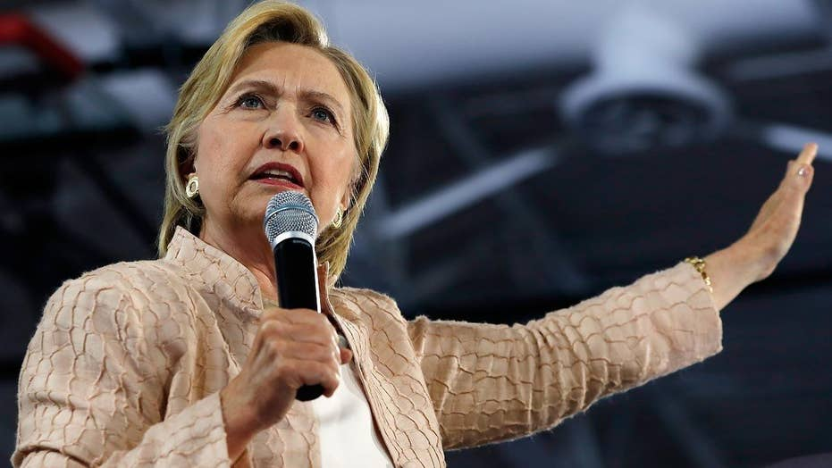 Clinton campaign reacts to Trump team shakeup
