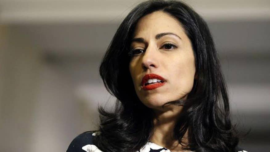 Newly released email suggests Clinton aide Huma Abedin left classified papers in the seat pocket of a car during a 2009 State Department trip to India. Fox News' Catherine Herridge reports