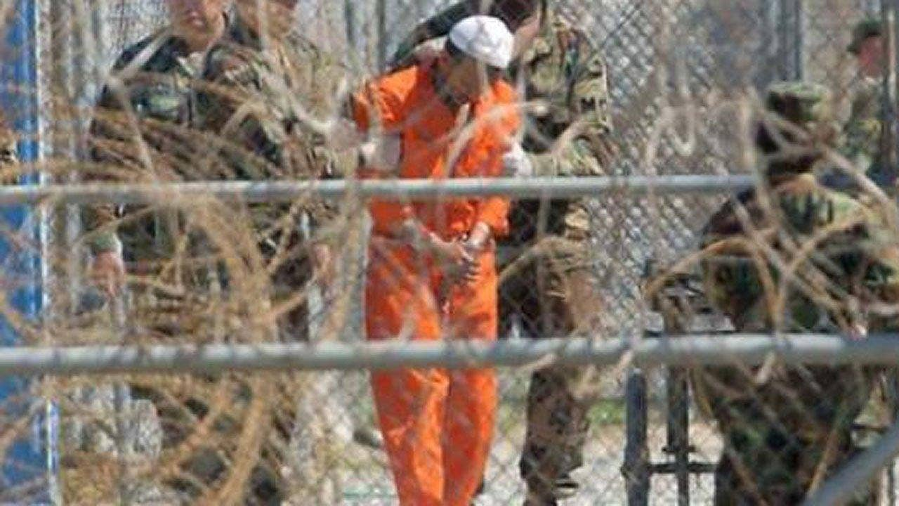 the politics of the guantanamo bay detention The guantanamo bay detention camp is a united states military prison located within guantanamo bay naval base, also referred to as guantánamo, g-bay, gtmo and america's gulag (/ ˈ ɡ ɪ t m oʊ /), which is on the coast of guantánamo bay in cuba.