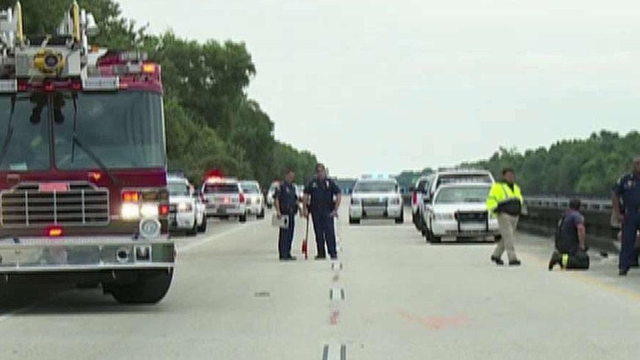 At least 2 people killed in Louisiana bus crash