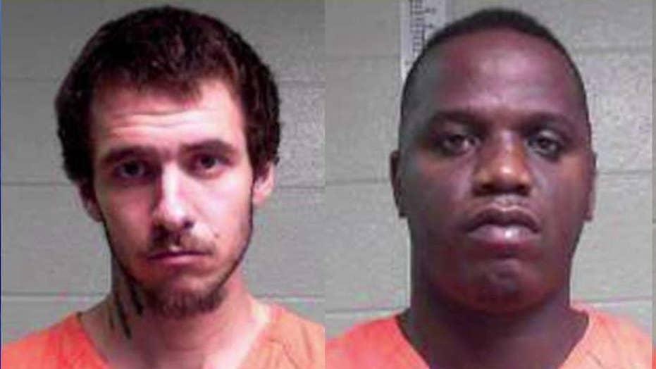 Manhunt: Louisiana inmates scale razor-wire fences to escape