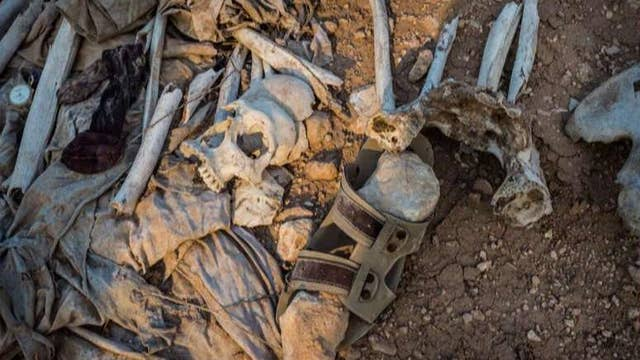 Report: Thousands buried in at least 72 ISIS graves