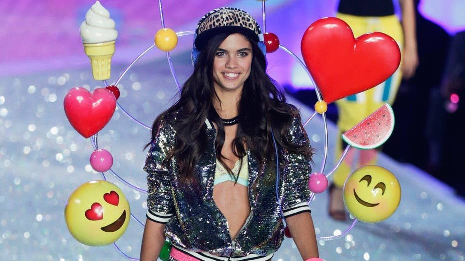 Sara Sampaio photographed topless on yacht
