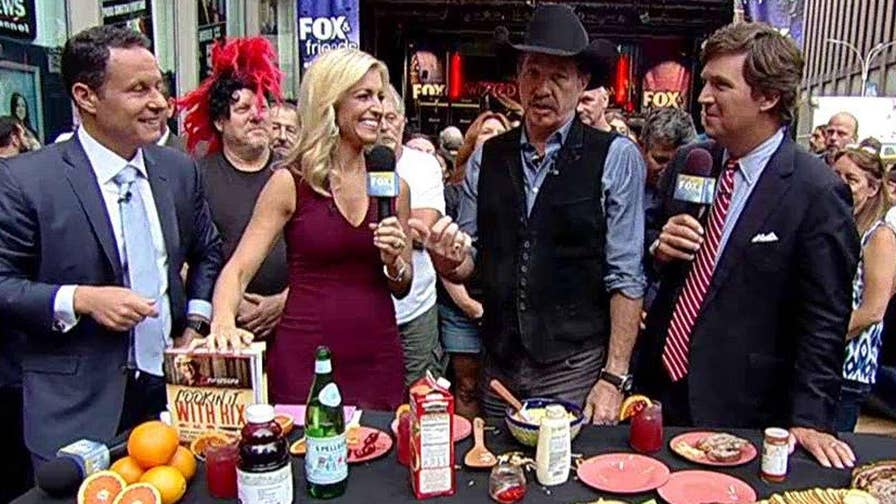 Country music star releases cookbook