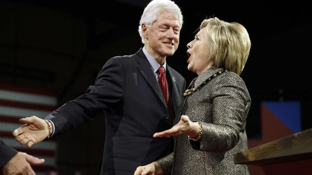 Democrats pressing Clintons sever all ties with foundation