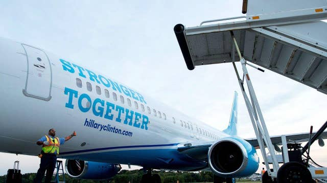 Meet the press? Media allowed to ride in Clinton's new jet