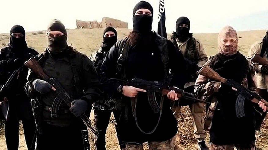 'Defeating Jihad' author Sebastian Gorka and Lt. Gen. Michael Flynn weigh in on 'Hannity'