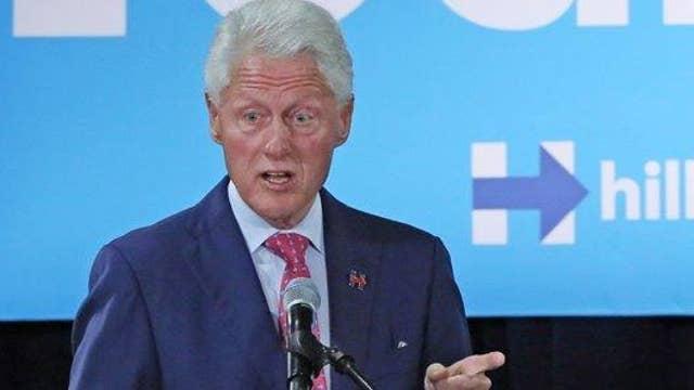 Bill Clinton: Trumps campaign slogan is racist