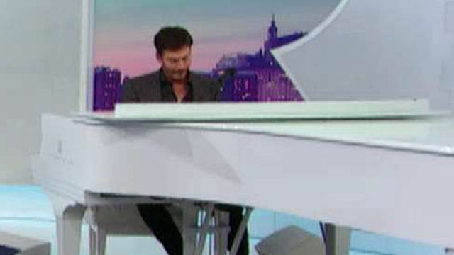Behind the scenes of Connick Jr.'s new show 'Harry'