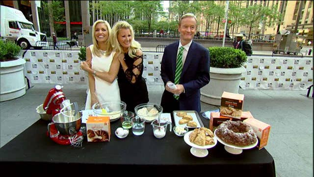 Cooking with 'Friends': Sandra Lee whips up some fall treats