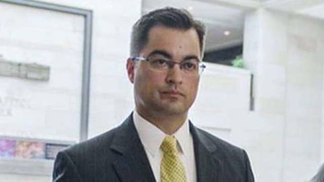 Former Clinton aide Pagliano a no-show at email hearing