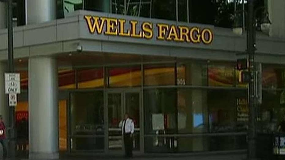 Wells Fargo executives testify over phony account scam