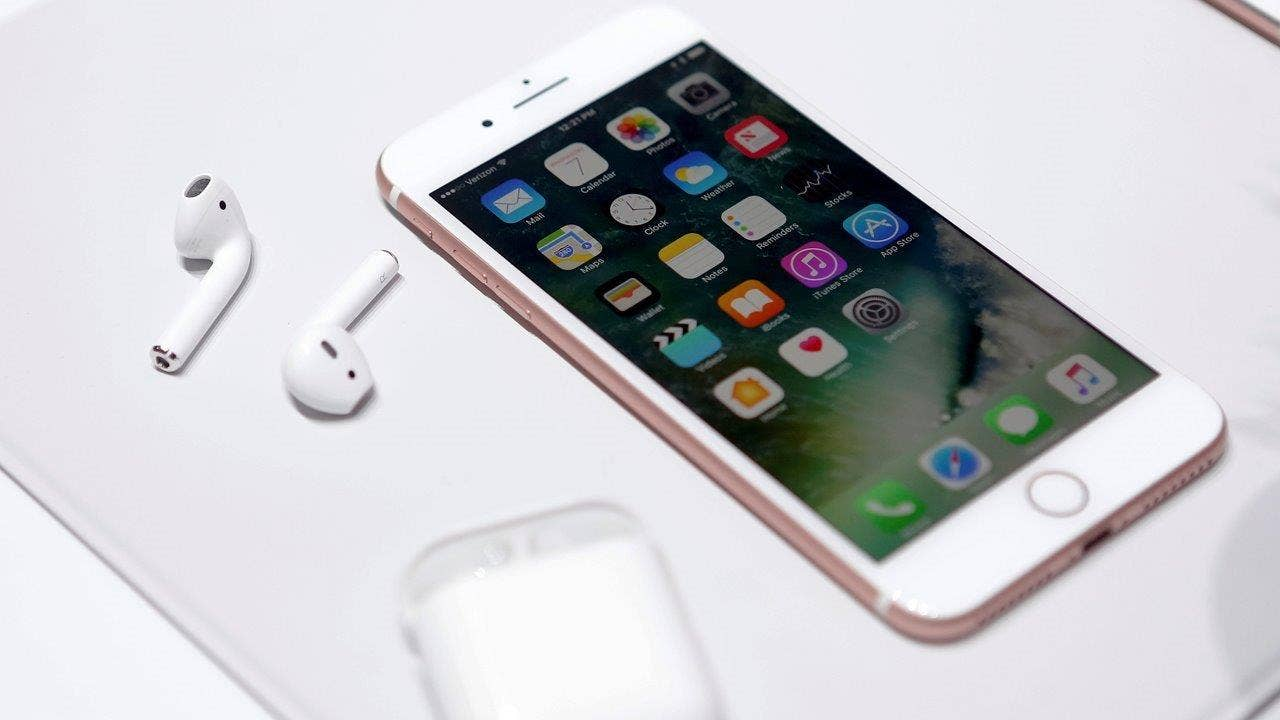 An Apple employee just leaked details about the iPhone 8