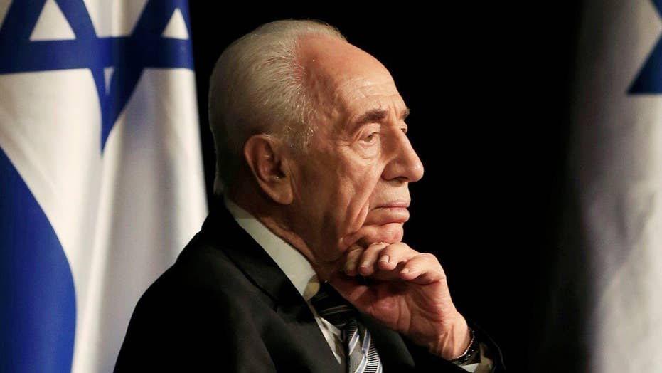 Shimon Peres in 'serious but stable' condition after stroke
