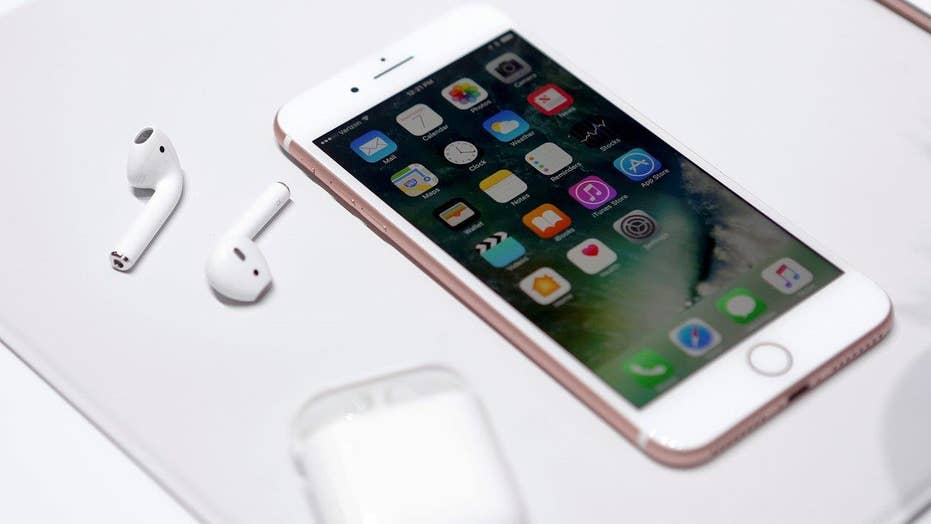 iPhone 7 vs. iPhone 8: Should you wait?